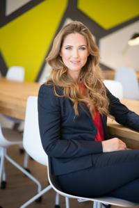 Darya Henig Shaked, Founder & CEO at WeAct | WiseIntro Portfolio