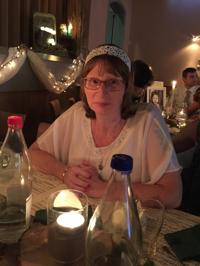 Bea Thirion, christen at KRINOWA | WiseIntro Portfolio