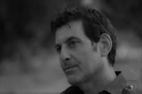 Ettore Zanca, Scrivo storie, ascolto persone, amo il mare. | WiseIntro Portfolio