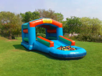 Inflatables, Jumping at GI | WiseIntro Portfolio